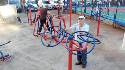 População idosa cresce e se torna alvo importante para iniciativas comerciais