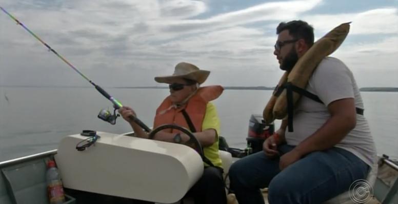 Aos 100 anos, idoso faz academia, dirige e pesca