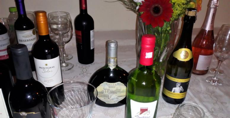 Confraria Sênior do Vinho é realizada em Florianópolis