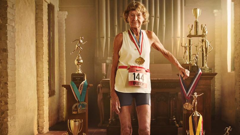 Freira atleta de 86 anos protagoniza filme da Nike