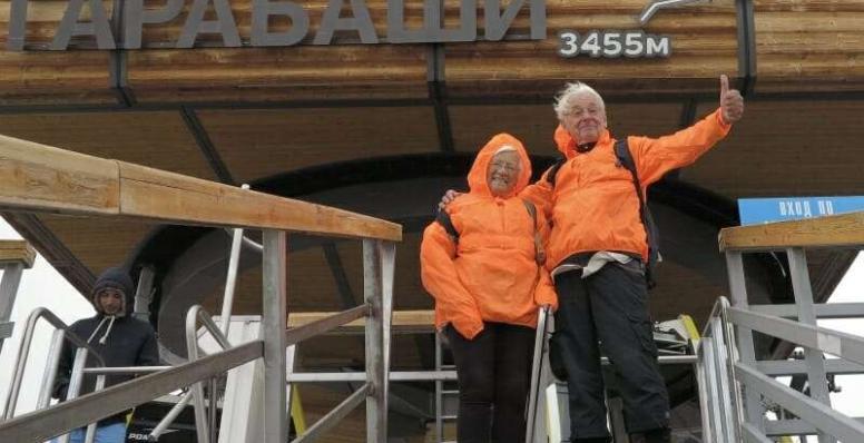 Casal de idosos já conheceu 194 países em 60 anos de viagens
