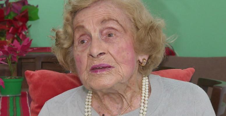 Aos 104 anos, Dona Elvira relembra como foi ser a 1ª mulher a usar calça comprida em Curitiba