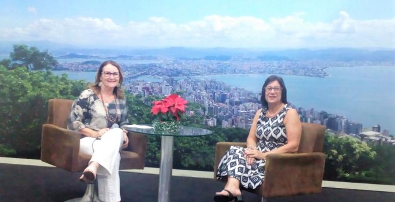 Yara Canelas é entrevistada do Programa Show da Tarde.
