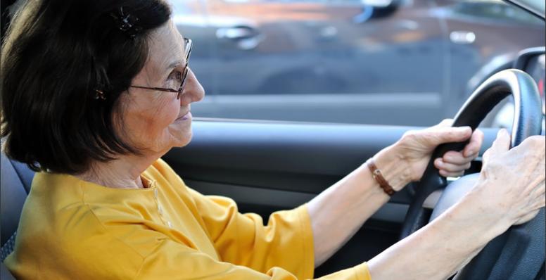 Qual a idade limite para parar de dirigir?